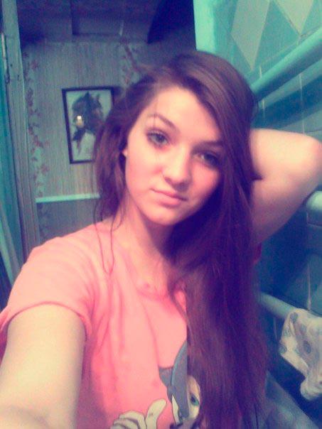 Надежда Киселёва(Сахарчук) в Солнечногорске раздела и избила 15 летнюю девушку фото 1